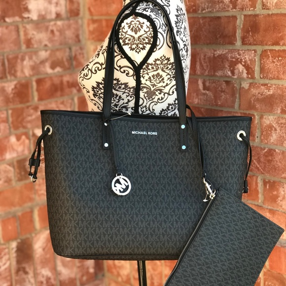 c9773d831ed673 Michael Kors Bags | Jet Set Travel Reversible Tote Bag | Poshmark